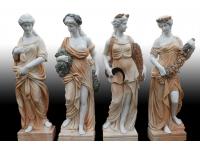 Скульптуры мужские и женские