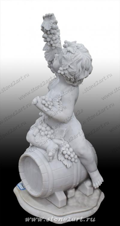 """Скульптура """"Малыш на бочке"""""""
